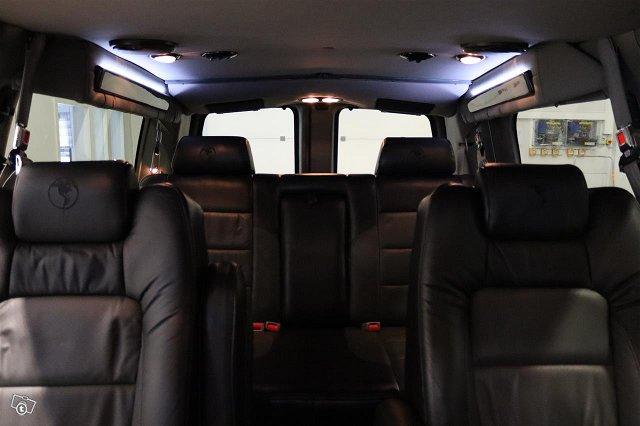 Chevrolet Express 5
