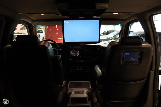 Chevrolet Express 6