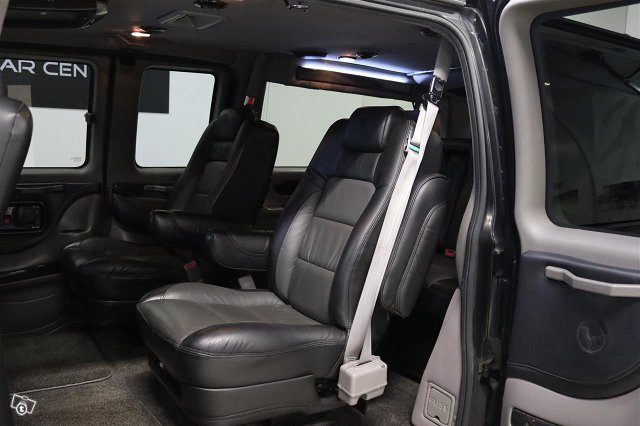 Chevrolet Express 15