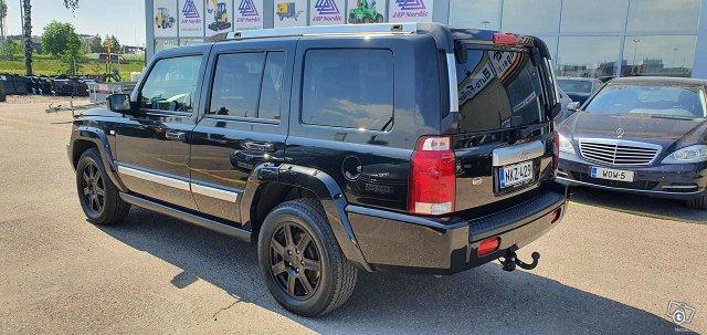 Jeep Commander 3