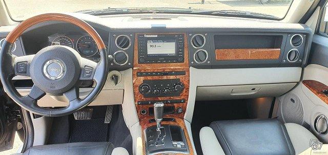 Jeep Commander 13
