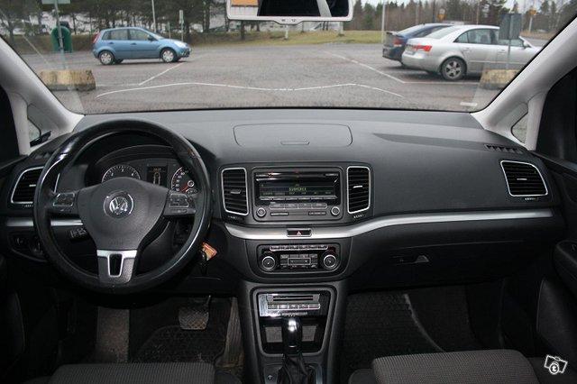 Volkswagen Sharan 8