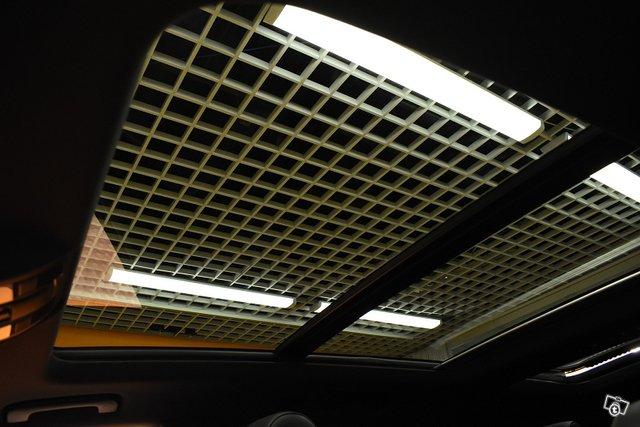 Audi Q7 24