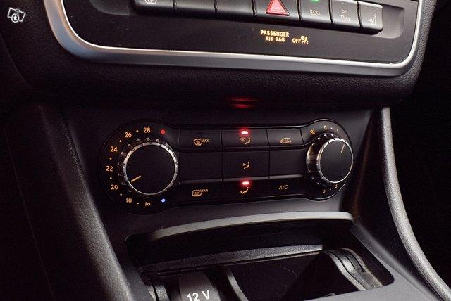 Mercedes-Benz GLA 21