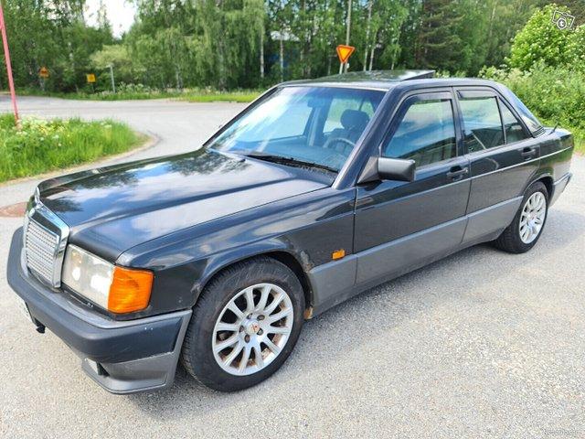 Mercedes-Benz 190 18