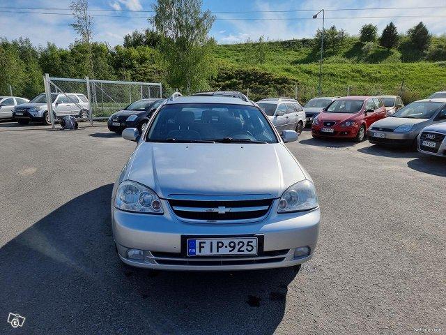 Chevrolet Nubira 4