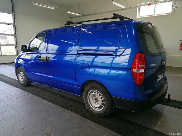 Hyundai H1 Van 4
