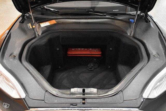 Tesla Model S 25