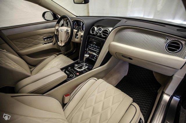 Bentley Flying Spur 12