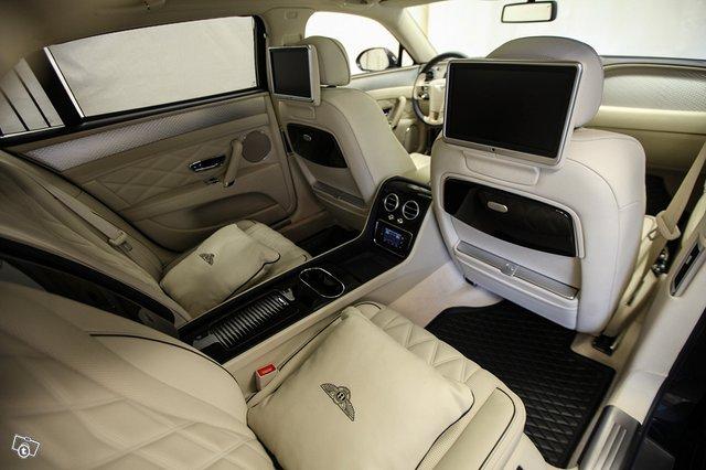 Bentley Flying Spur 14