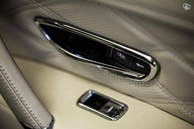 Bentley Flying Spur 22