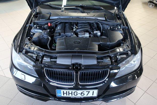 BMW 318i 12