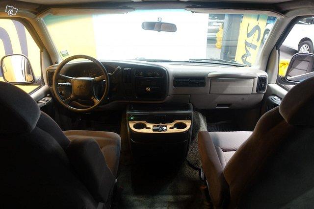Chevrolet Chevy Van 11