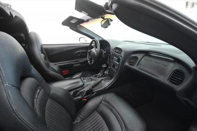 Chevrolet Corvette 13