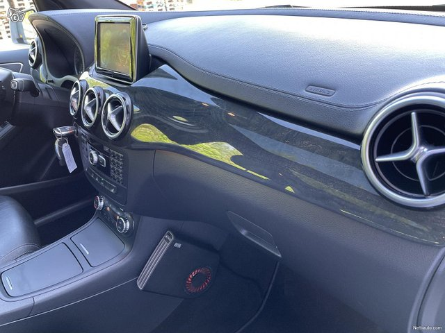Mercedes-Benz B 16