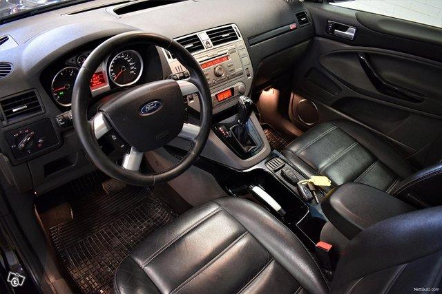 Ford Kuga 8