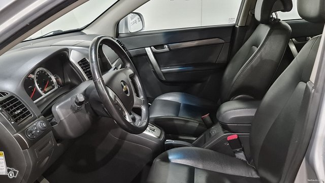 Chevrolet Captiva 8