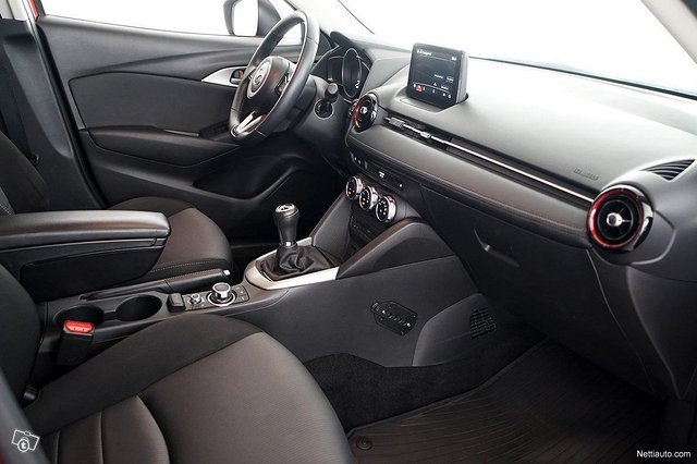 Mazda CX-3 10