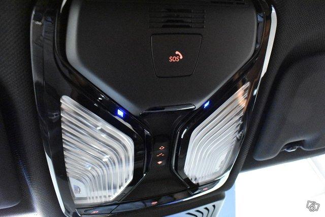 BMW IX3 23