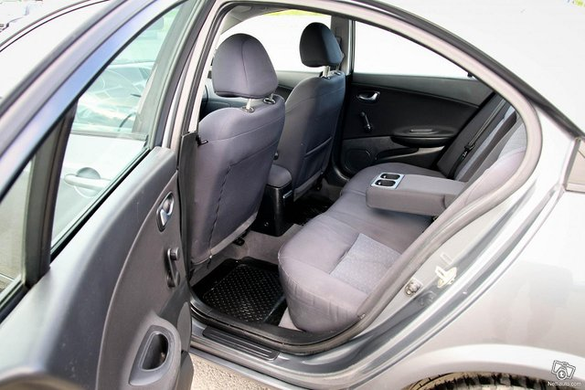 Nissan Primera 17