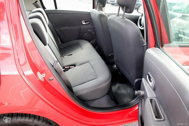 Renault Clio 20