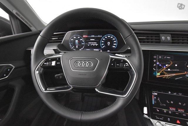 Audi E-TRON 19
