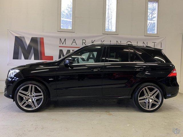 Mercedes-Benz ML 2