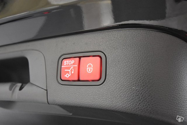 Mercedes-Benz EQC 25