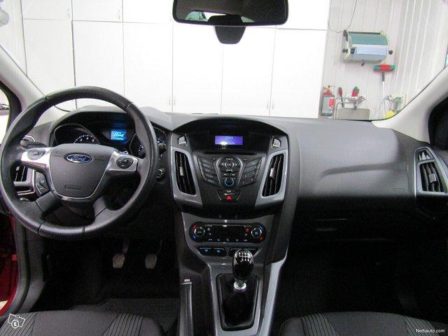 Ford Focus 8