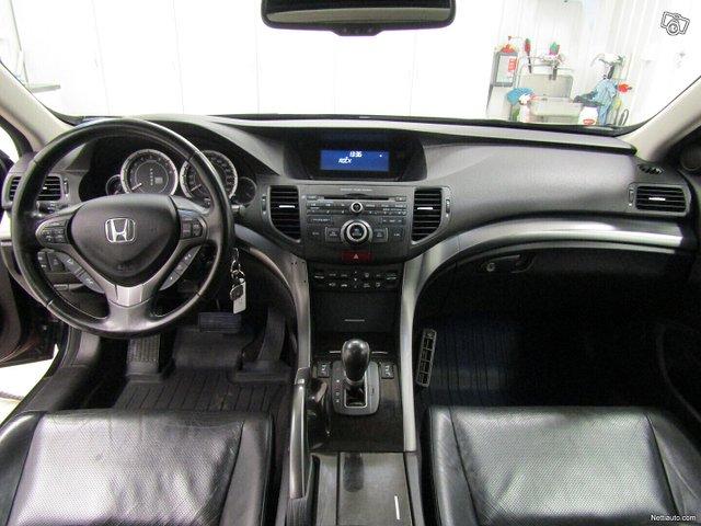 Honda Accord 9