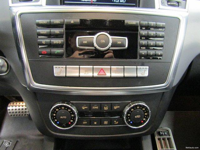 Mercedes-Benz ML 19