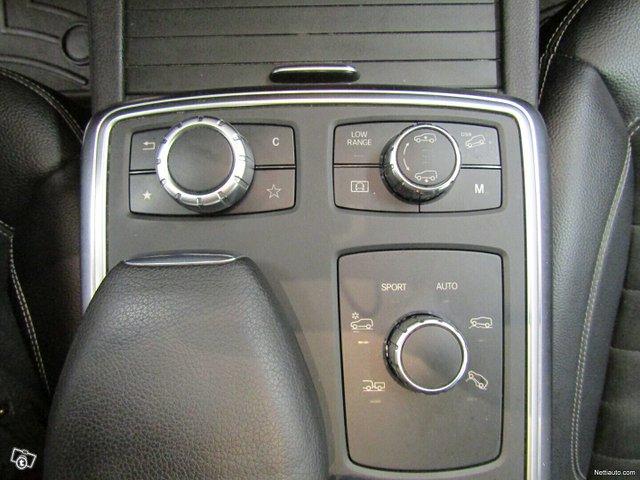 Mercedes-Benz ML 20