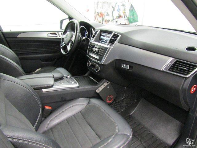 Mercedes-Benz ML 24