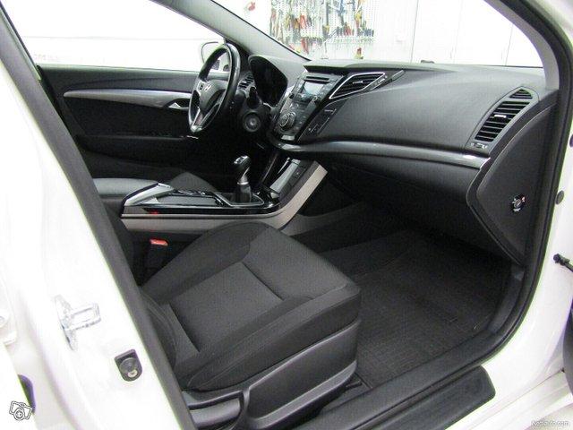 Hyundai I40 12