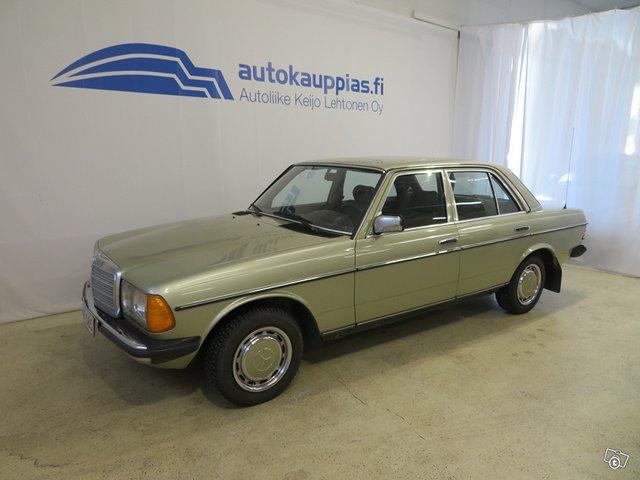 Mercedes-Benz 230 E 1