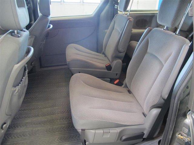 Chrysler Voyager 10