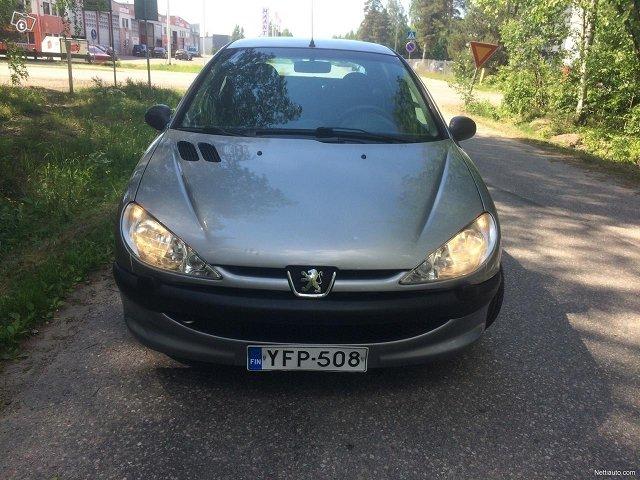 Peugeot 206 13