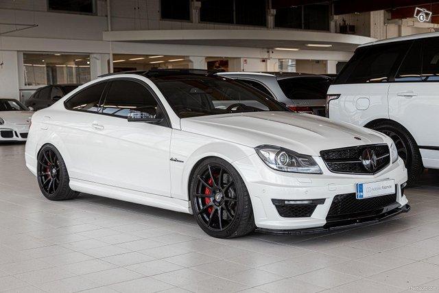 Mercedes-Benz C 63 AMG 1