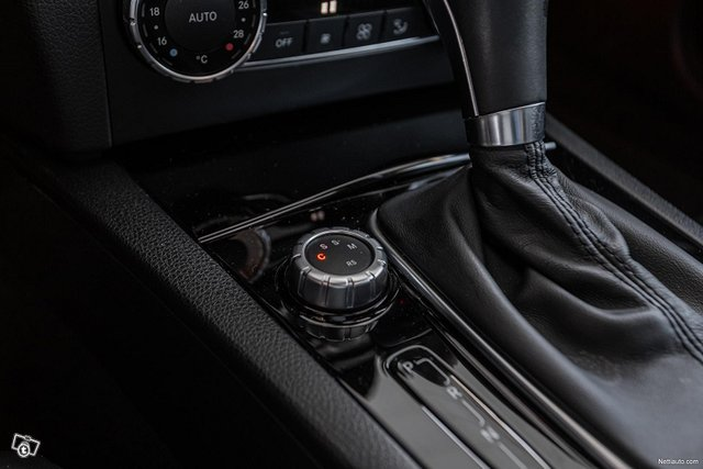 Mercedes-Benz C 63 AMG 17