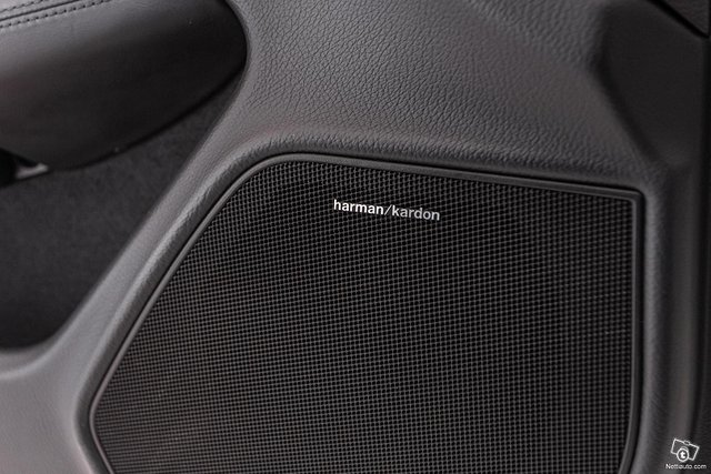 Mercedes-Benz C 63 AMG 18