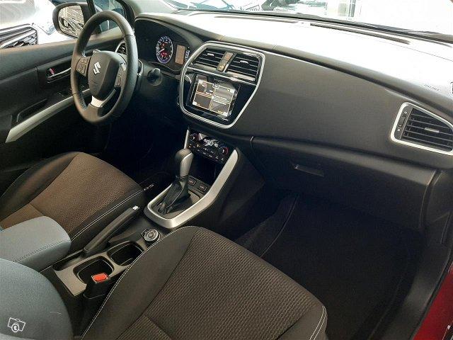 Suzuki SX4 S-Cross 12