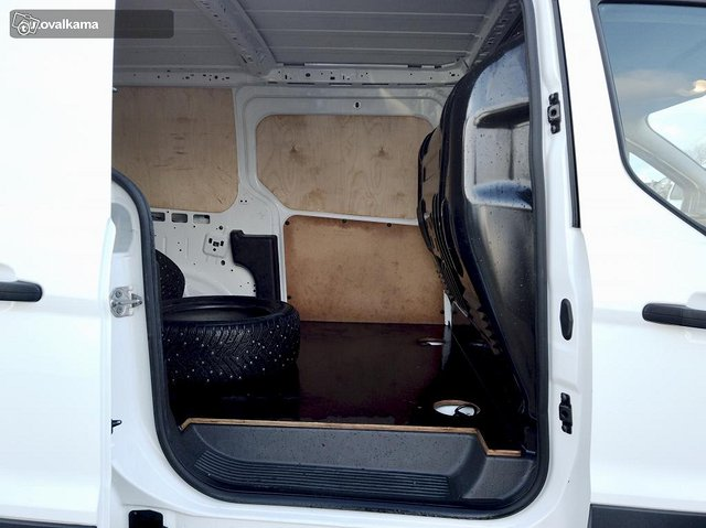 Ford Transit Connect 16