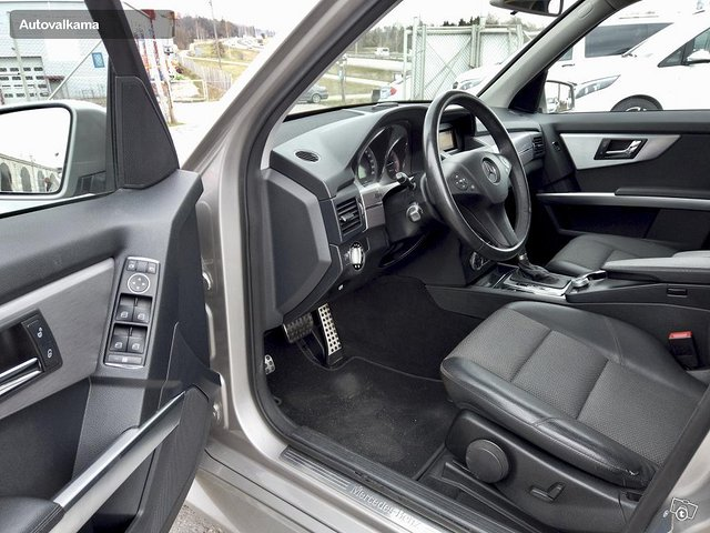 Mercedes-Benz GLK 19
