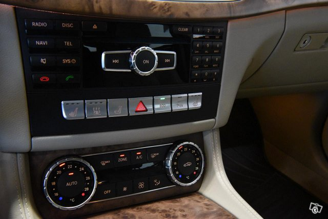 Mercedes-Benz CLS 14