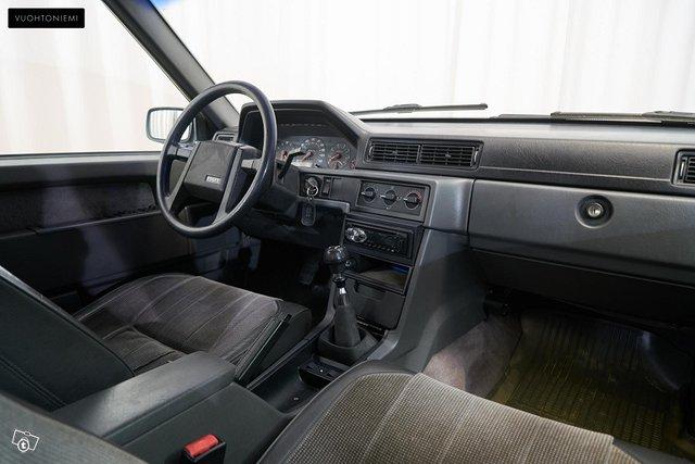 Volvo 940 5