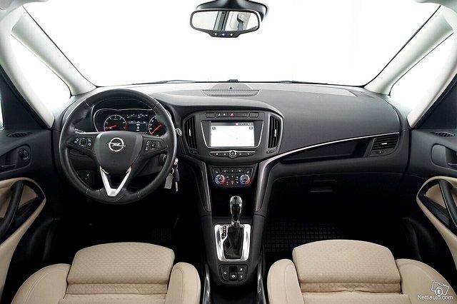 Opel Zafira 22