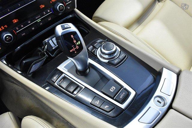 BMW 530 Gran Turismo 18
