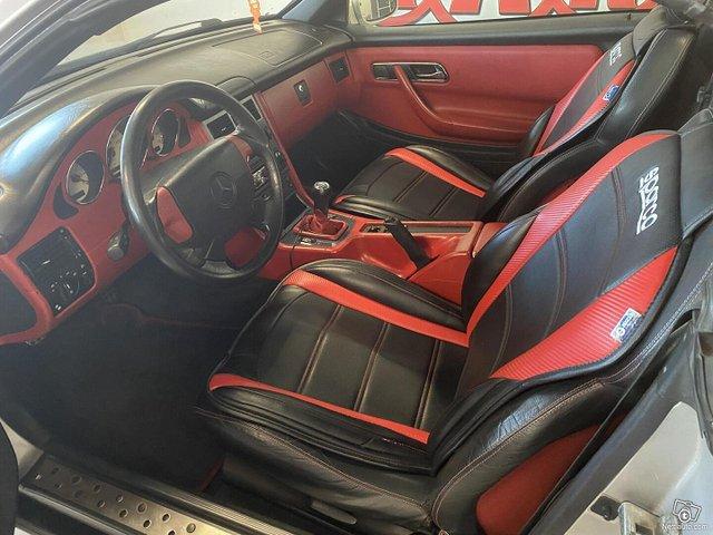 Mercedes-Benz SLK 9
