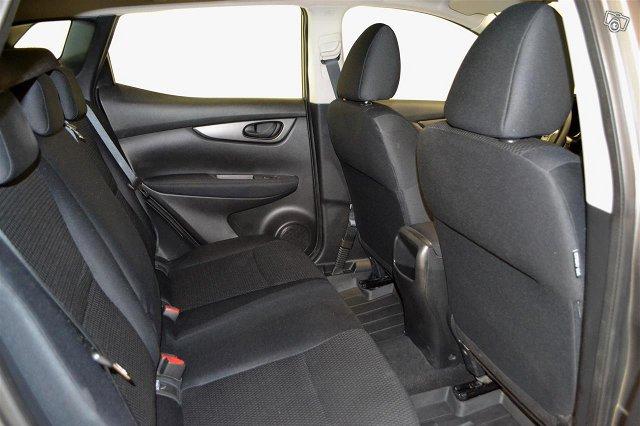 Nissan Qashqai 10