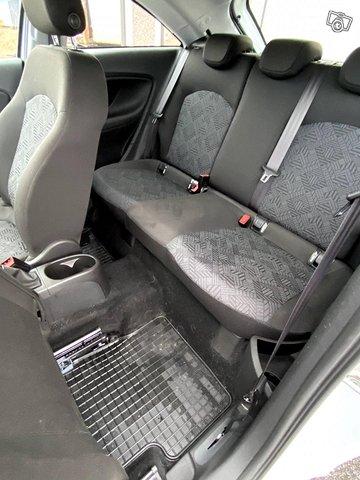 Opel Corsa 13